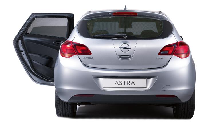 Astra_Accessories_Comfort_PrivacyShades_768x432_asas10_e01_736
